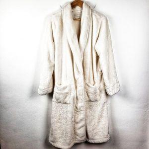 NORDSTROM White Long Lingerie Furry White Robe XL